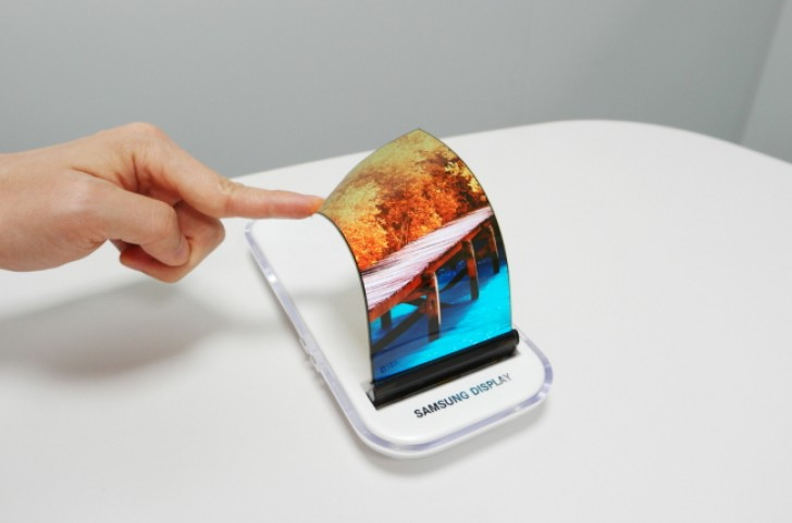 samsung display oled flessibile